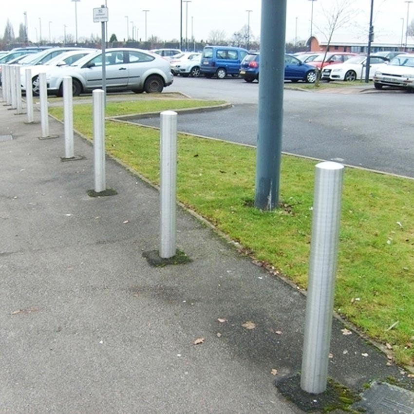 114 Dia Semi Domed Top Bollard 1m Above Ground