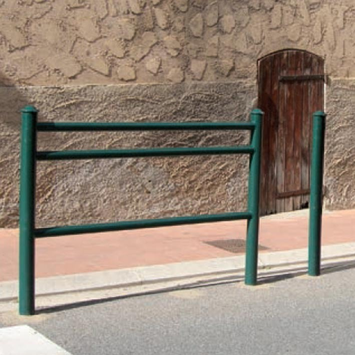 Trio-barrier-railing